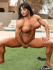 Bodybuilder Marina Lopez strips off her bikini outside and flexes every inch of her ripped up body.