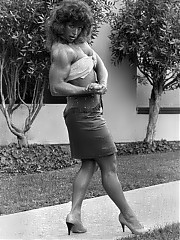 Doughdee Marie most unique woman bodybuilder in black and white photos