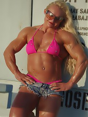 Check out the ripped back on Brigita Brezovac