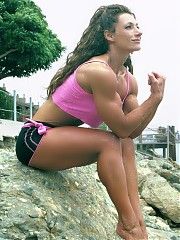 Mascha Tieken showing off some very good upper body poses especially her biceps