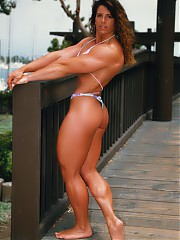 Celebrity biceps muscle clips and muscle pics. Free